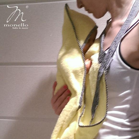 Monello nyakba törölköző